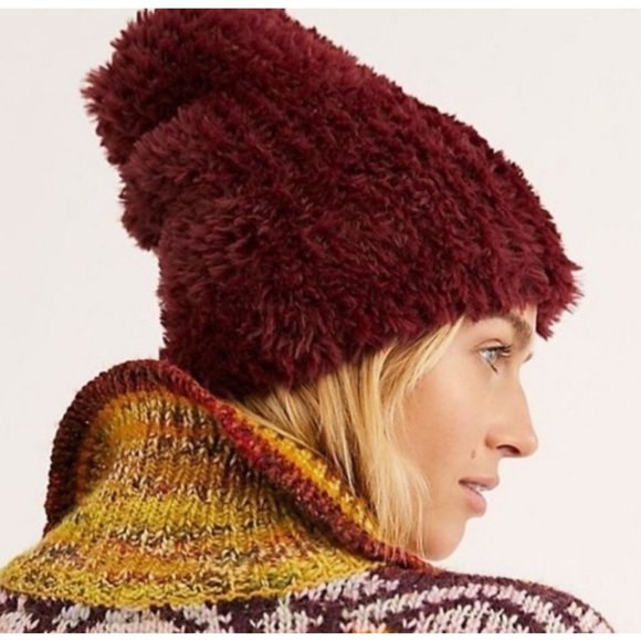 Free People Head In The Clouds Fuzzy Beanie Berry